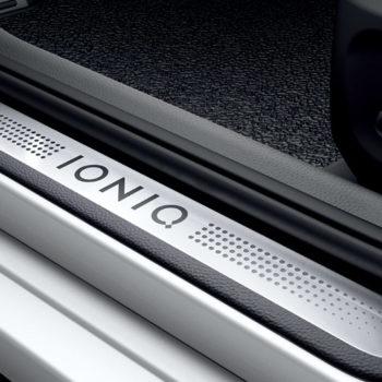 ioniq-ev-2020-inner-07