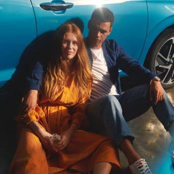 דגם יונדאי i10 חדשה כחול עם זוג