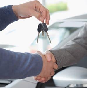 מפתחות לרכב יונדאי חדש בסוכנות יונדאי
